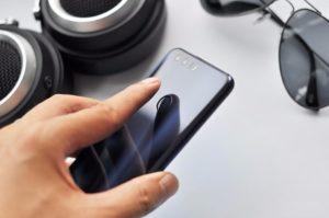 Huawei Honor 8 – 5,2 Zoll FullHD Smartphone mit Android 6.0, schnellem Kirin 950 Octa Core Prozessor, 3GB/4GB RAM, 32GB/64GB ROM, Dual 12MP+8MP Kameras und 3.000mAh Akku