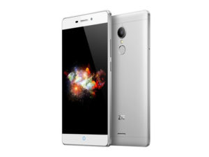 ZTE V5 Pro – 5.5 Zoll LTE FHD Phablet mit Android 5.1, Snapdragon 615 Octa Core 1.5GHz, 2GB RAM, 16GB Speicher, 13MP & 5MP Kameras, 3.000mAh Akku