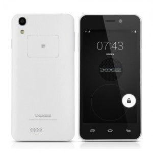 Doogee Valencia DG800 4.5 Zoll 3G qHD Smartphone mit Android 4.4, MTK6582 Quad Core 1.3GHz, 1GB RAM, 8GB Speicher, 13MP+8MP Kameras, 2.000mAh Akku